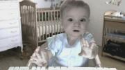 eTrade Baby (Ads) Bebê perde tudo no mercado.